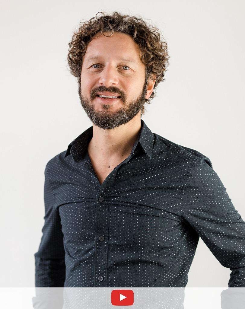 Alex Castelli - Titolare